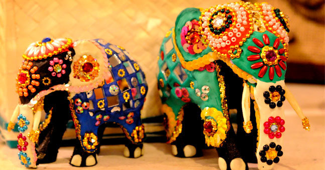 go on a shopping spree in Sri Lanka, one of the most interesting things to do in Sri Lanka