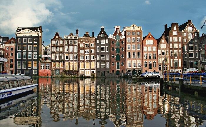 visit The Hague