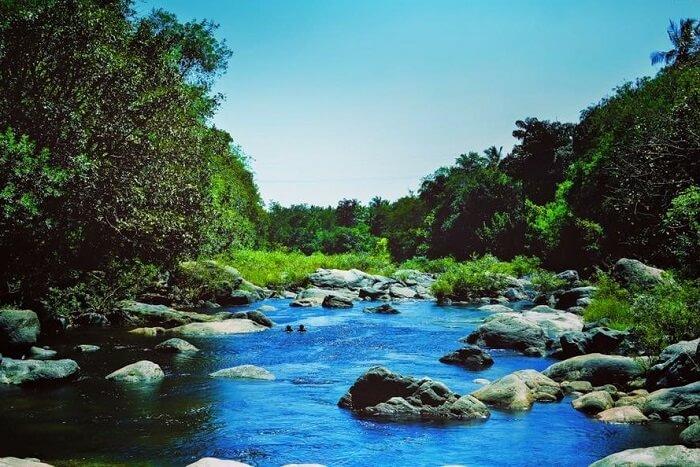Trek to Kunthi River