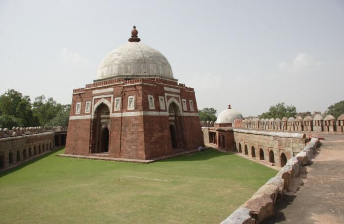 Tughlaqabad Fort View