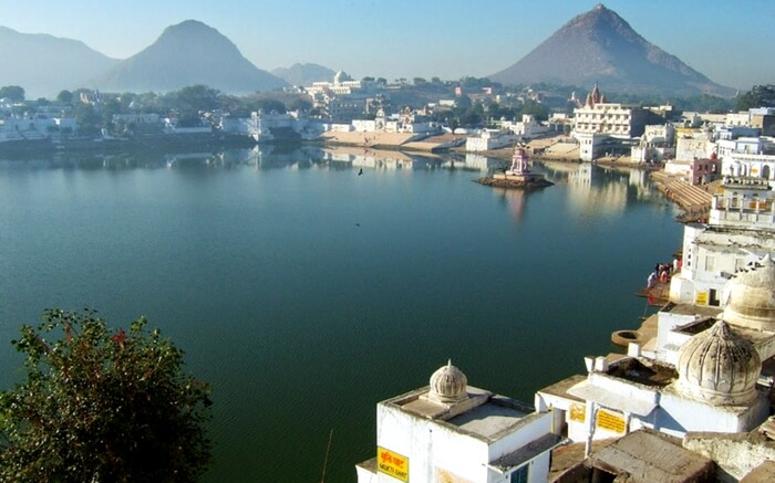 Holy land of Pushkar for a best romantic hideout