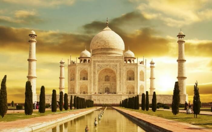 Taj Mahal Agra - an awesome honeymoon destination in India