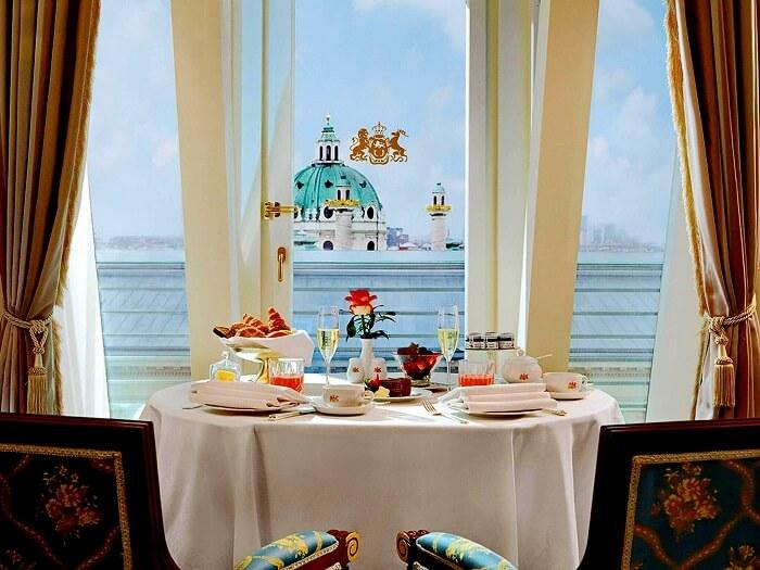 restaurant imperial hotel