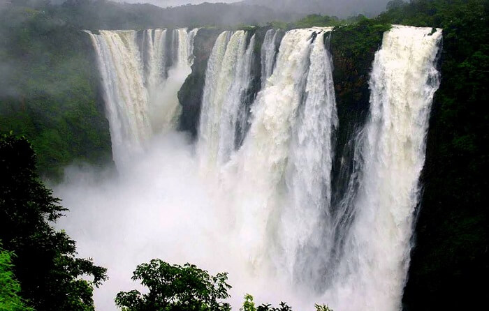 famous waterfall in cherrapunji