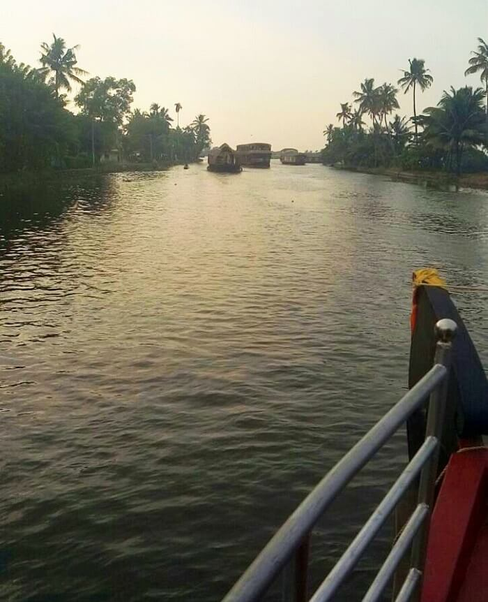 Alleppey backwaters on a houseboat