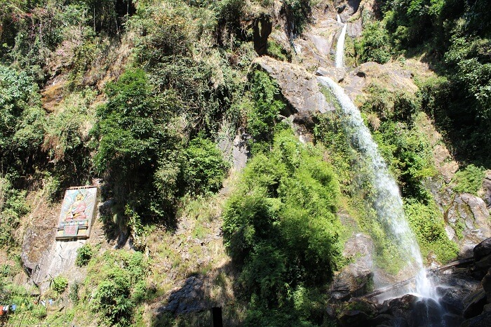 seven sister falls on way to lachung