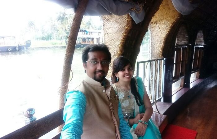couple on a houseboat in Alleppey