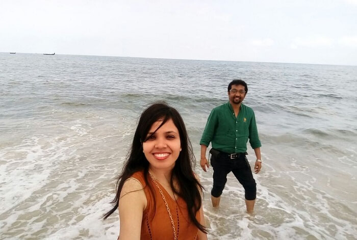 couple at a beach in Kerala