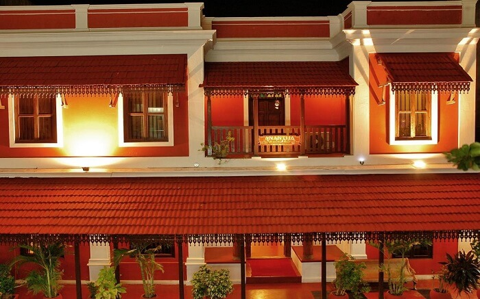 A beautiful design of a traditional hotel in Pondicherry