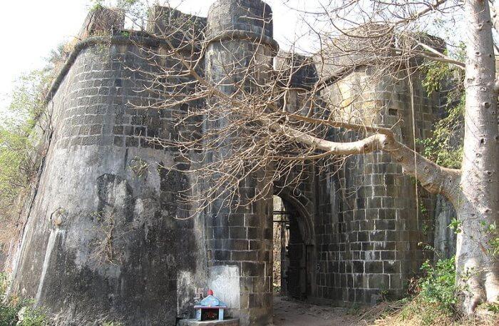 Bassein (Vasai) Fort