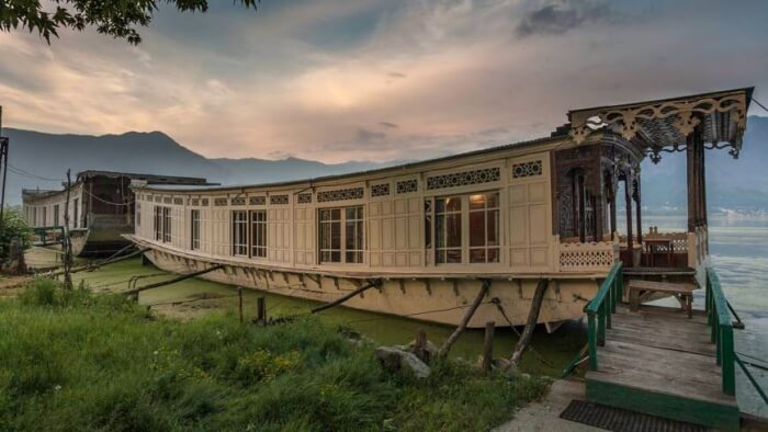 Houseboat by the Dal Lake
