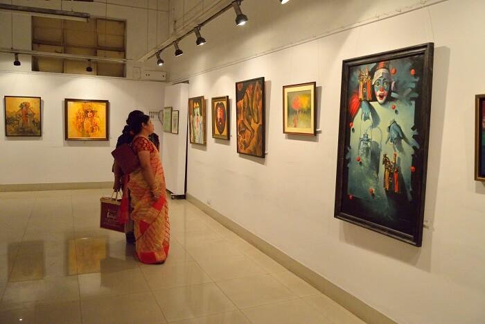 Explore The Academy of Fine Arts