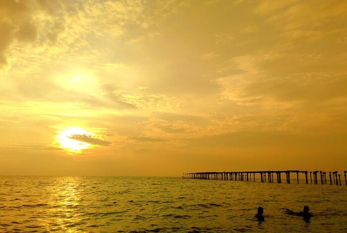 sunset in Kochi