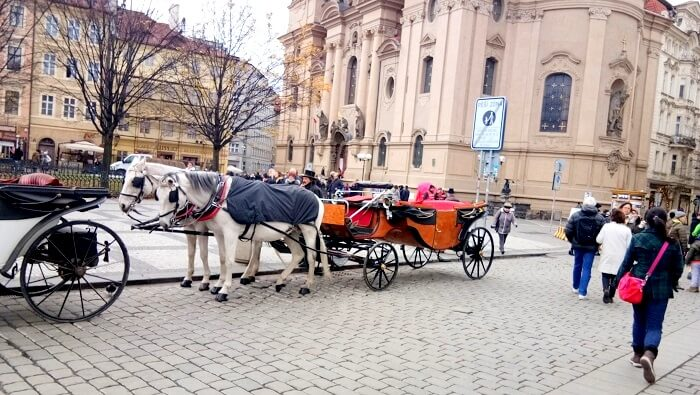 horse carriage in Prague