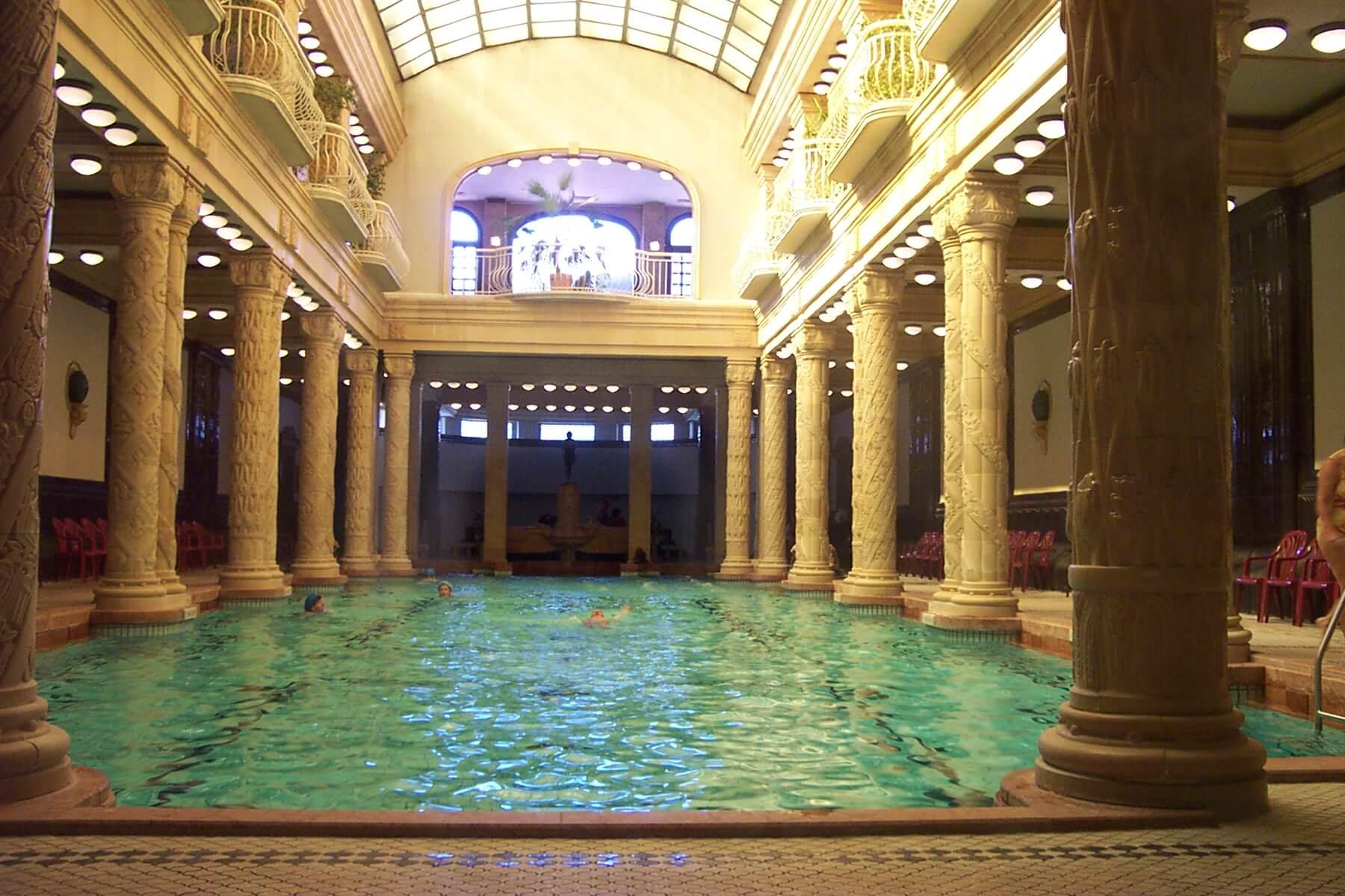 pool at Gellert spa