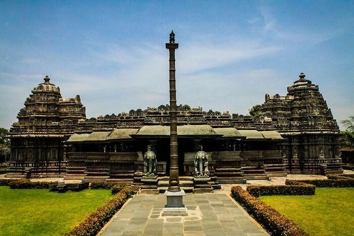 Entry of Veera Narayana Temple