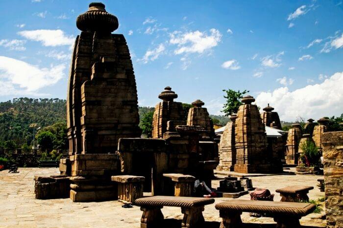 The beautiful view of Baijnath Temple in Kausani