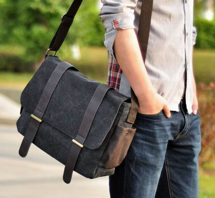 hand bag with strap luggage hacks