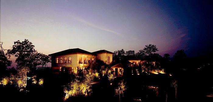 ananda resort in himalayas