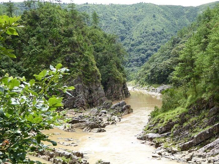 river on david scott trail
