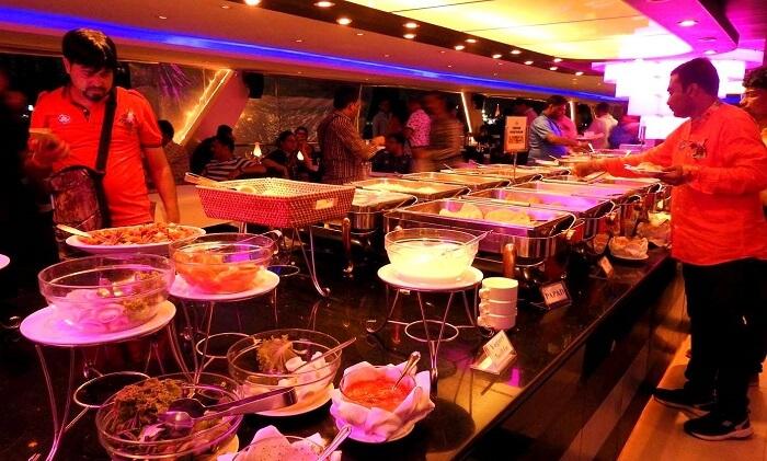 dinner cruise menu