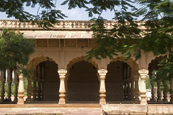Deeg Palace architecture
