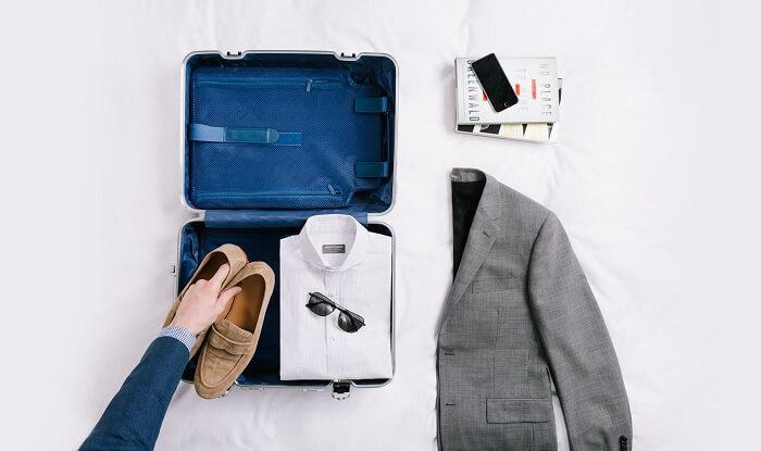 wrinkle free packing luggage