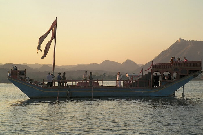 Boat dining experience at Taj Lake Palace