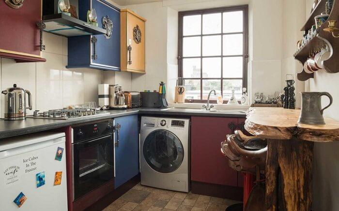 Canongate Harry Potter Apartment kitchen