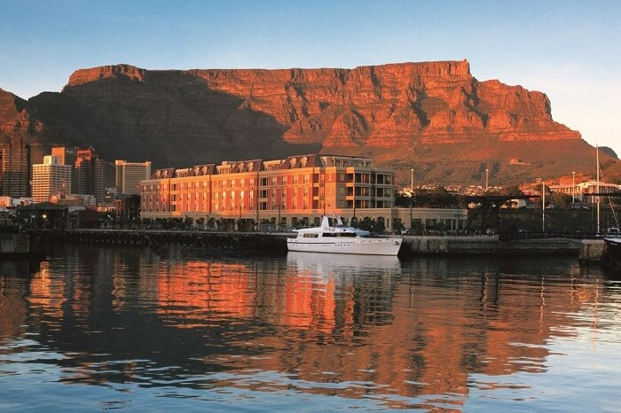 stay at cape town's Cape Grace