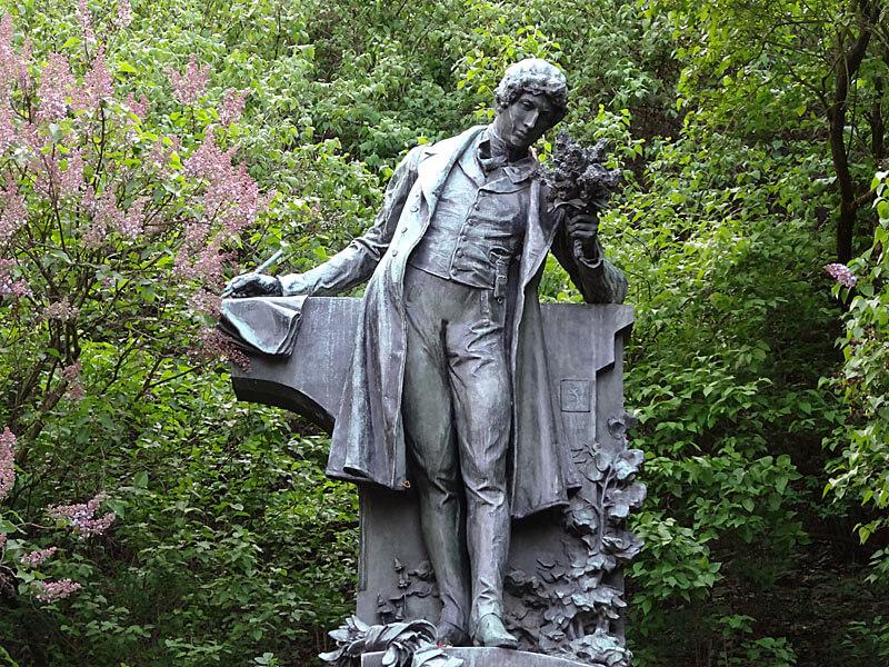 statue of the poet Karol Hynek Macha