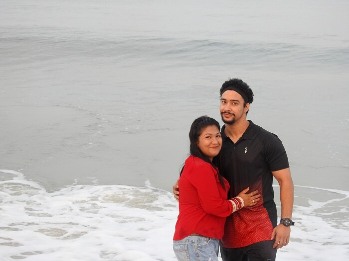 alleppey beach couple