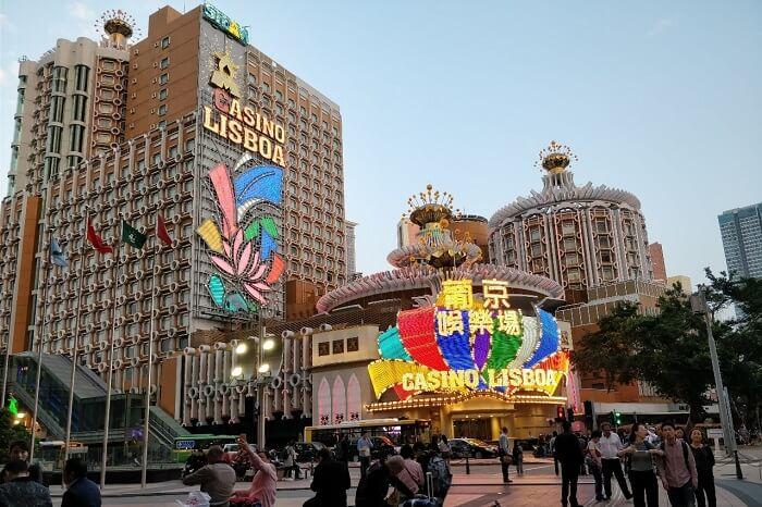 isha aggarwal hong kong family trip: casino in macau
