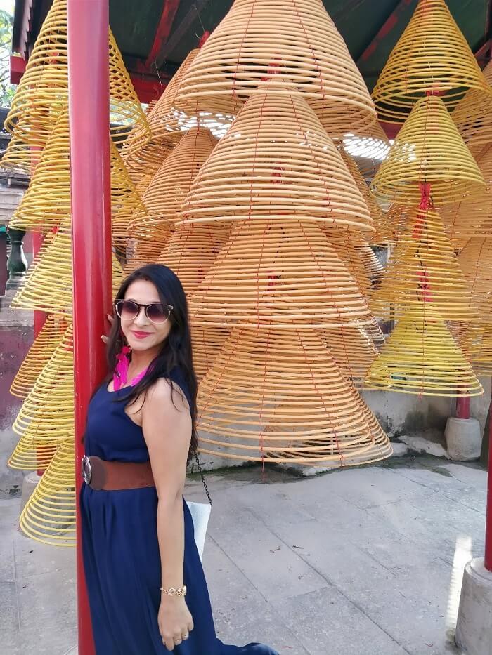 isha aggarwal hong kong family trip: shopping