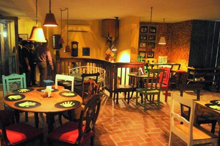dine at the quirky Imperfecto, Hauz Khas