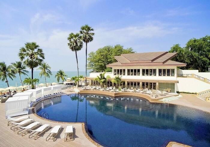 Panoramic view of Pullman Pattaya Hotel
