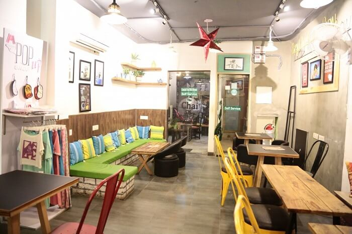interior of chai story cp