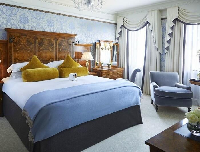 goring hotel room london