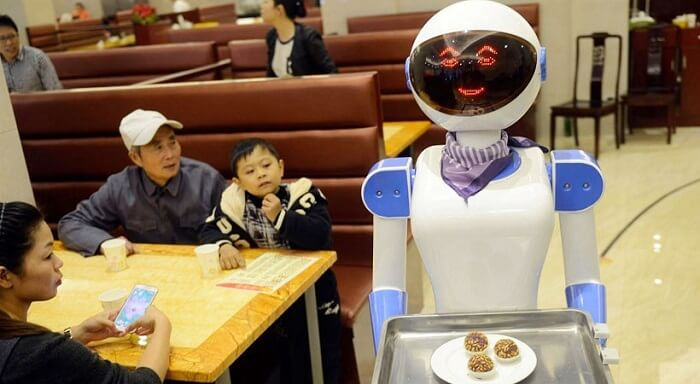 henn na hotel japan robot waiter