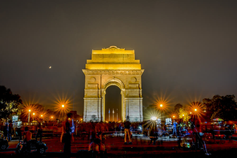 India gate well lit at night