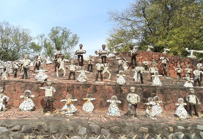 sculptures in rock garden chandigarh