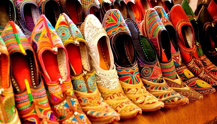 embroidered juttis in ajmer