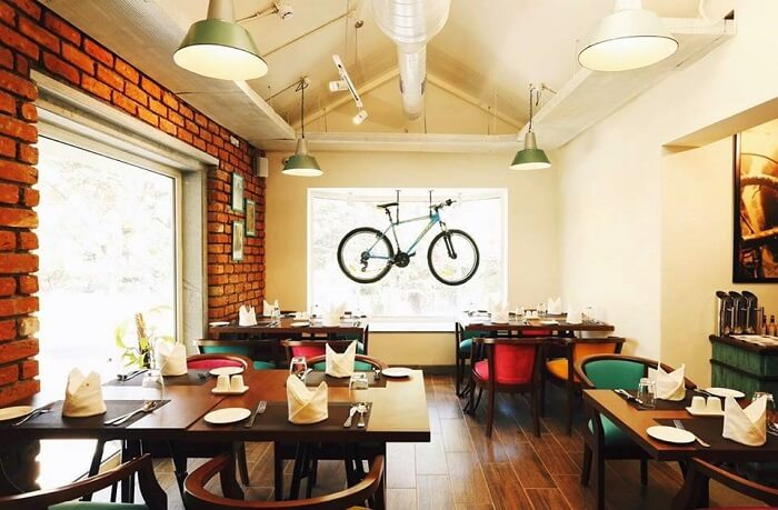 Best cafes in chennai for the food lovers