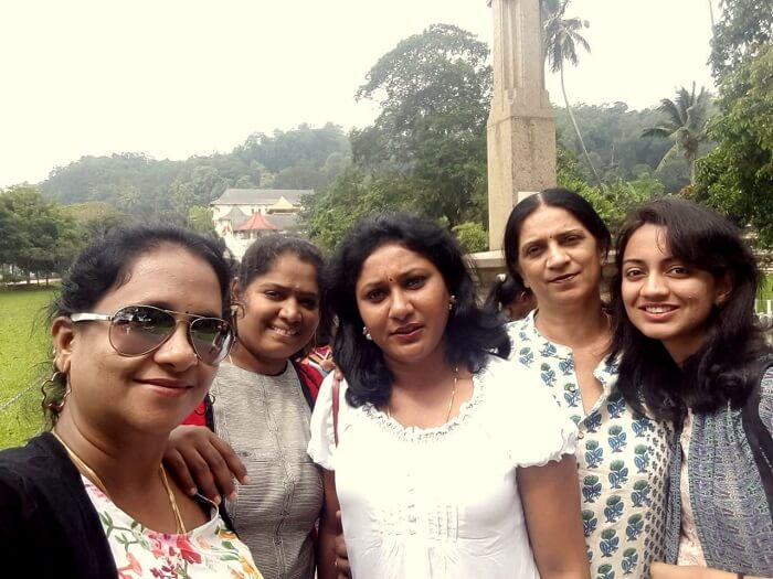 sightseeing tour of kandy
