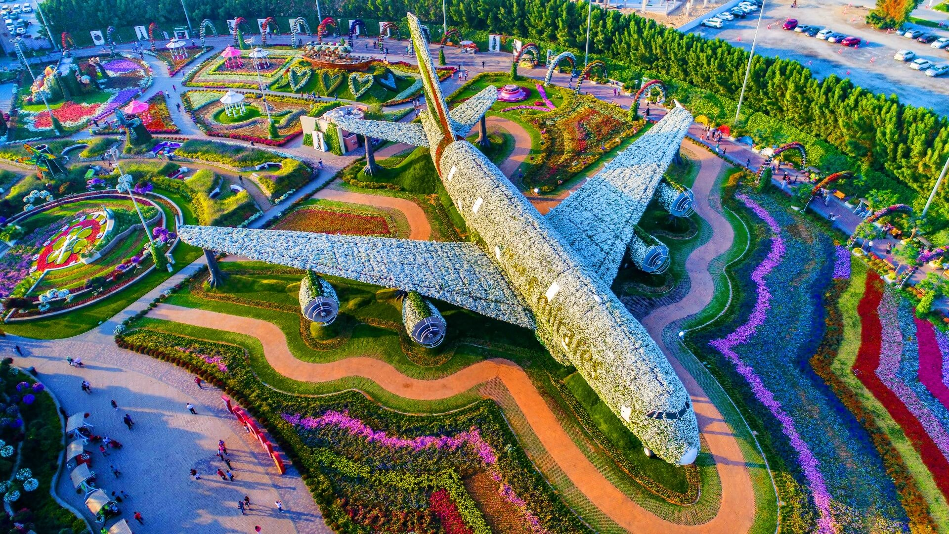 life size model of Dubai airplane