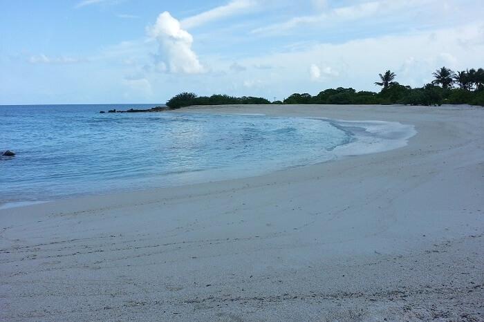 Emboodhu Finolhu Island