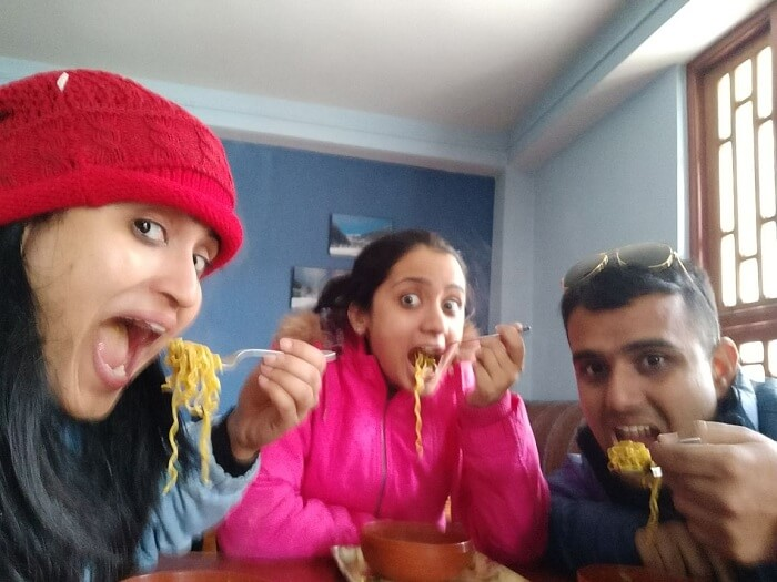 Chavi having maggie with her family