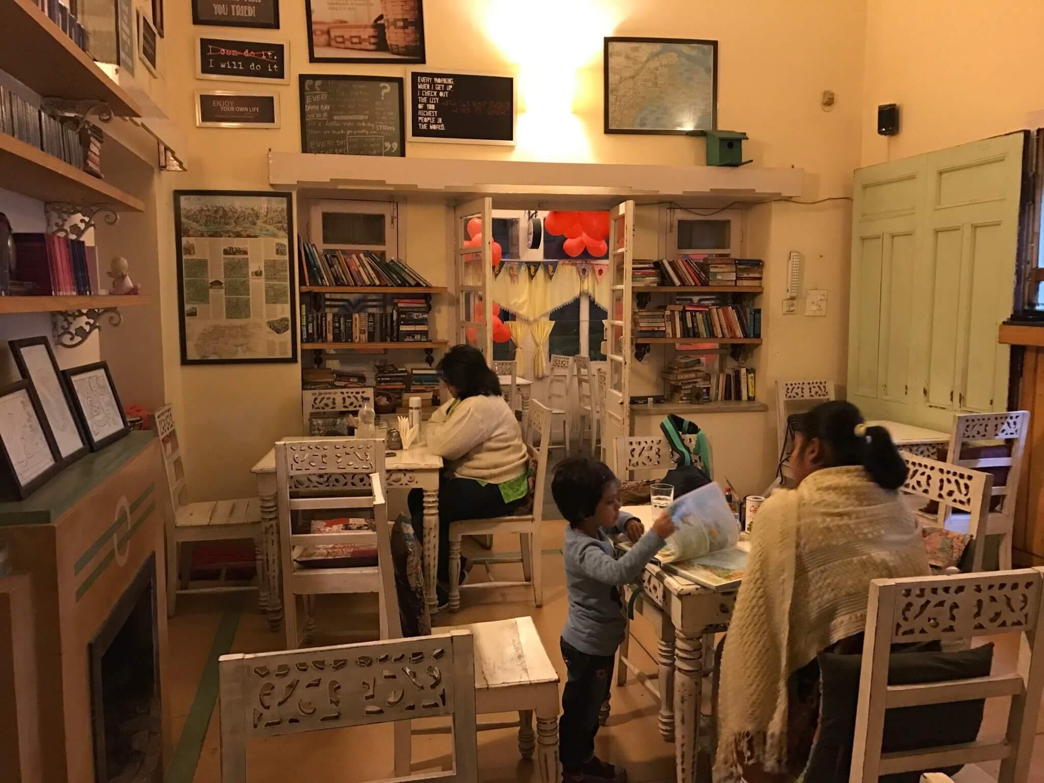 Y Café and Restaurant kb6592