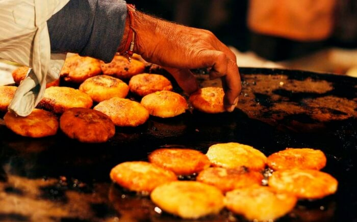 acj-2702-goa-street-food