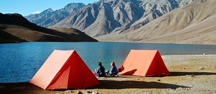 camping near chandratal lake